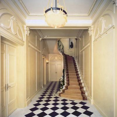 Private house, London - White Carrara Lavagnina, and Belgium Black