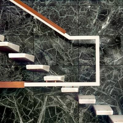 Private house - White Carrara Lavagnina and Verde Patricia staircase