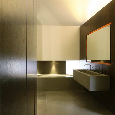 Private house, London - Pietra Serena solid vanity