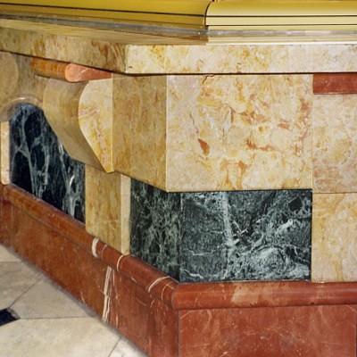London - Verde Patricia, Giallo reale, Rosso Alicante counter